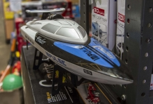 Montana Family Market_Kamal Toy and Hobby_electric remote controlled speedboat